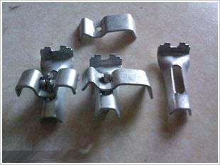 热镀锌钢格板安装夹,热镀锌钢格栅板安装夹,钢格板固定夹